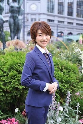 若手士業特集 特定行政書士 篠原 菫(すみれ) 氏 をご紹介します!